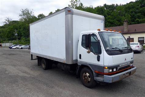 mitsubishi fuso box mitsubishi fuso fe van trucks box trucks for sale used