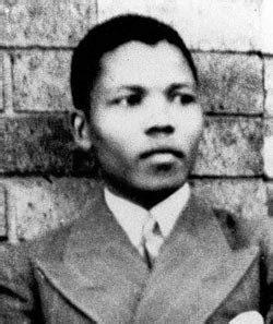 biography of nelson mandela in short biography nelson mandela biography online
