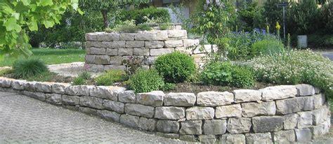 garten natursteine naturstein im garten reding g 228 rten
