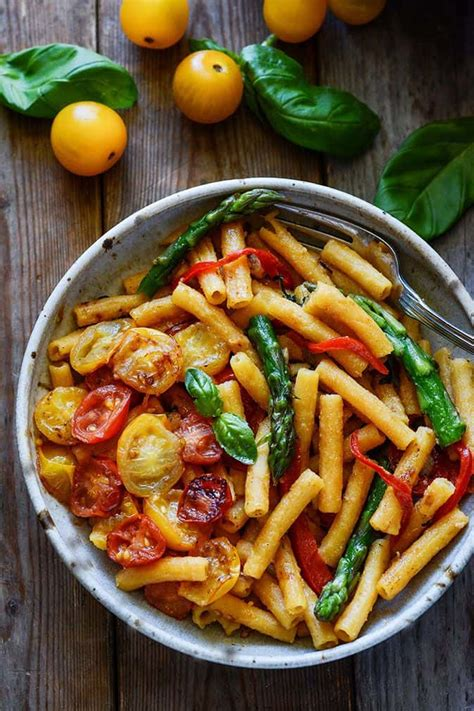 cuisine minute 20 minute pasta with asparagus bell pepper and tomatoes