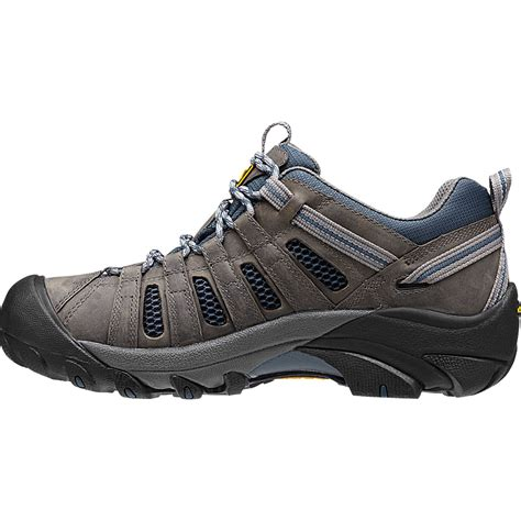 mens hiking shoes keen s voyageur hiking shoes