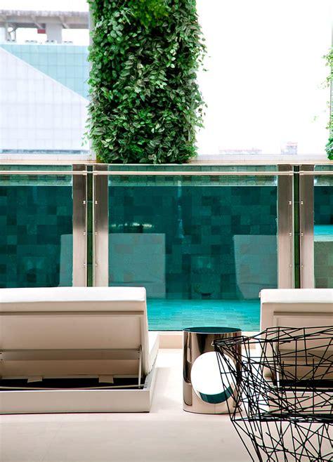 Duplex Apartment In Malibu With Glass Swimming Pool