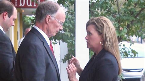 governor bentley with black woman alabama love gov robert bentley asks god to forgive him