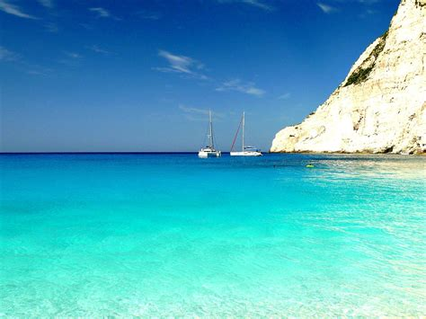 sailing in greece with navis yacht charter luxury - Sailing Hotel Greece
