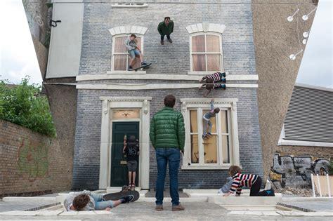optic house optical illusion house artist leandro erlich creates amazing public art in london video