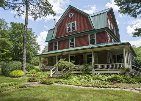 colonial farmhouses dutch colonial farmhouse sold 6bd 3ba on 12 acres