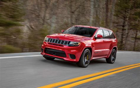 trackhawk jeep black 2018 jeep grand cherokee trackhawk packs 707 horsepower