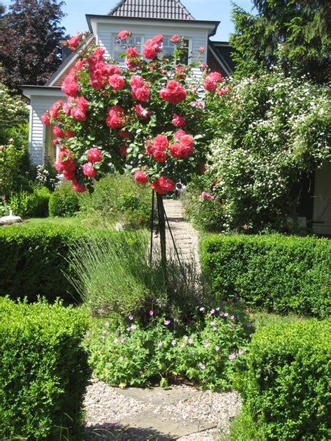 garten landschaftsbau ochtendung klassische g 228 rten herny klammer garten und landschaftsbau