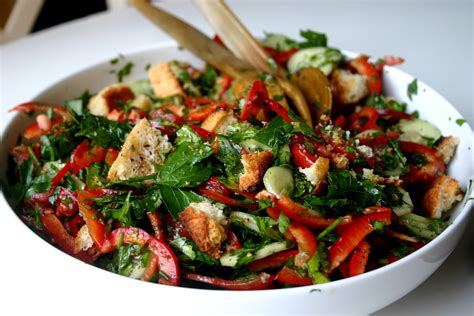 cucina tipica libanese nuts about food fattoush with za atar croutons