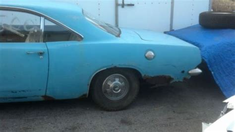 sell   plymouth barracuda  cyl auto great project