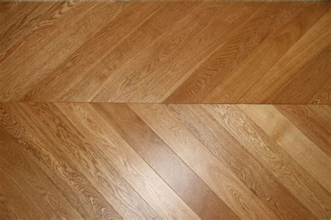 chevron floor pattern the unmistaken zigzag design wood and beyond blog