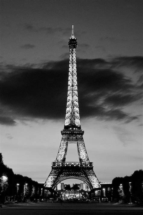 free iphone wallpapers hd: cool black and white tower