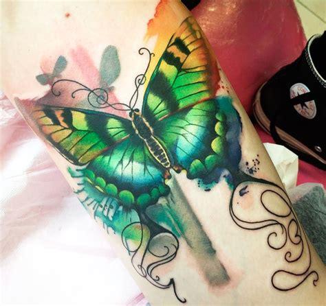 foto tatuaggi farfalle e fiori immagini tatuaggi farfalle e fiori tatuaggi immagini