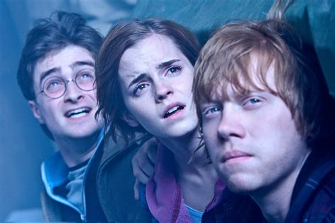harry potter hermione granger weasley saying goodbye to harry potter entertainista