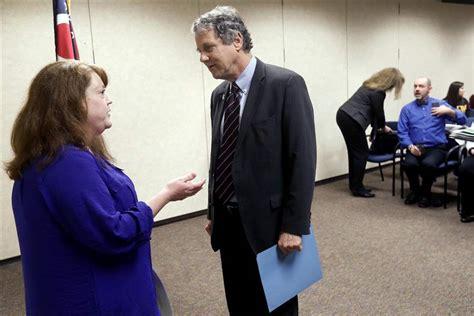 Sen Blade New sen brown visits ut to pitch new anti trafficking bill