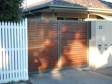 swinging gates melbourne swinging gates melbourne sidcon fabrications