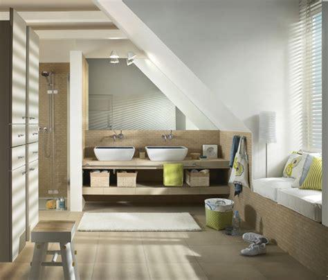 badezimmer mit dachschräge 27 design ideen f 252 r badezimmer mit dachschr 228 ge