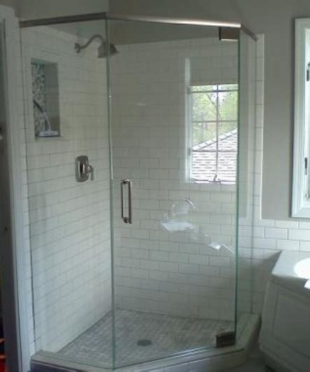 Neo Angle Frameless Shower Doors This Neo Angle Semi Frameless Showerman Shower Enclosure Was Installed Using 3 8 And 189 Thick