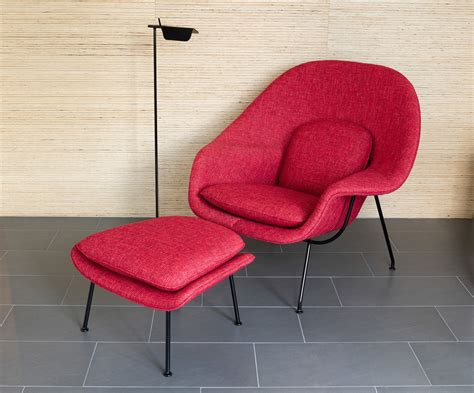 womb chair  ottoman  eero saarinen  knoll  interiors