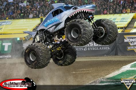 monster truck freestyle videos 100 monster truck videos freestyle monster truck