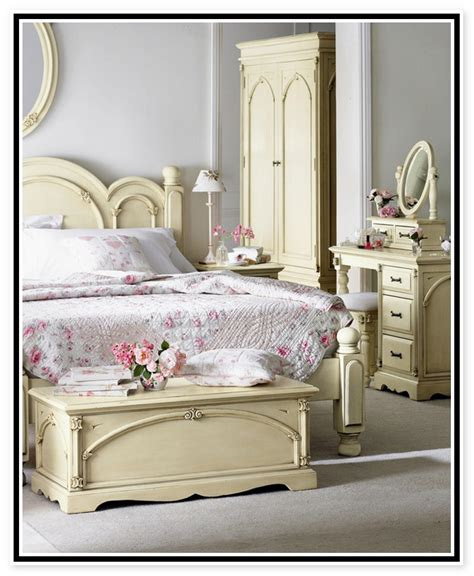 cream bedroom set antique cream bedroom furniture antique furniture