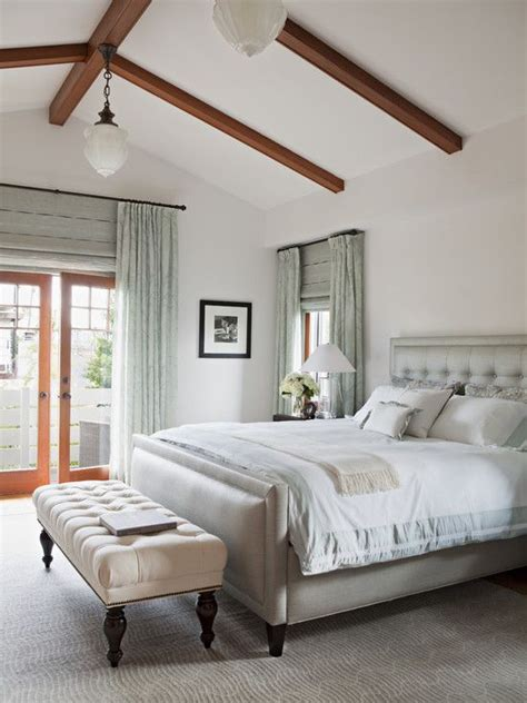cathedral ceiling bedroom 17 best ideas about vaulted ceiling bedroom on pinterest