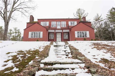 8 langford raymond nh real estate listing mls 4624705
