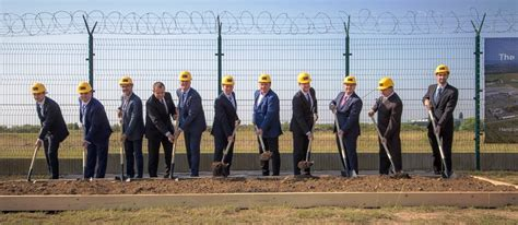 construction begins on cargo city freight center at budapest airport