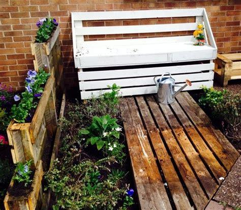 panchina legno giardino panchine in legno mobili giardino panche in legno per