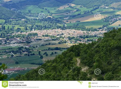 forca canapine web forca canapine umbria stock photo image 45907402