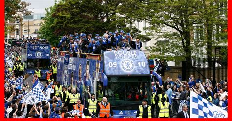 chelsea parade chelsea fc victory parade watch flyover of route as