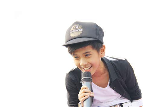 film filosofi kopi trans7 profil dan foto iqbaal dhiafakhri ramadhan coboy junior