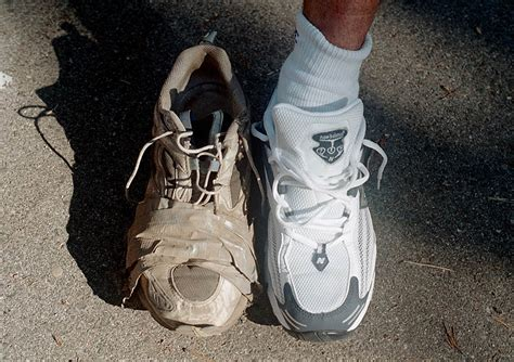 when are running shoes worn out how to when your running shoes are worn out 28 images