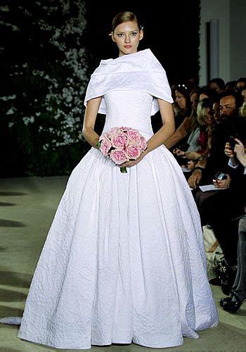 desain gaun ternama puspa itu bunga 8 gaun pernikahan terbaik selama 2011