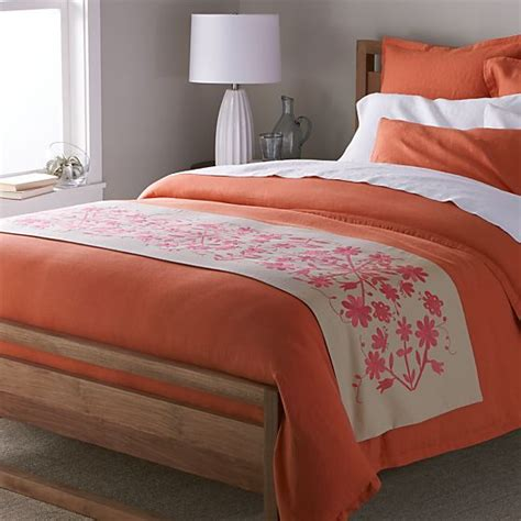 otomi coverlet otomi embroidered bed runner crate and barrel bedrooms