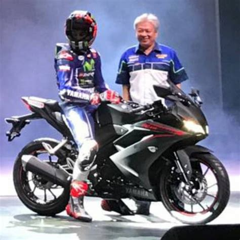 r15new model 2017 yamaha r15 version 3 all you need to know