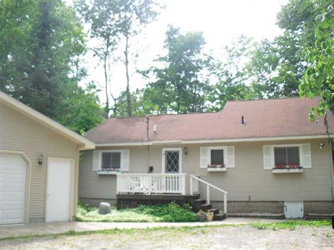Lake Charlevoix Cottage Rentals by Boyne City Vacation Rental Vrbo 429463 3 Br Lake