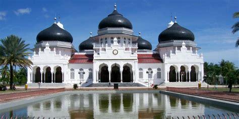 Sk Ii Di Aceh masjid masjid terbesar termegah dan termahal di