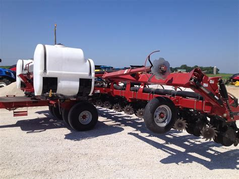 wisconsin ag connection ih 1200 row crop planters
