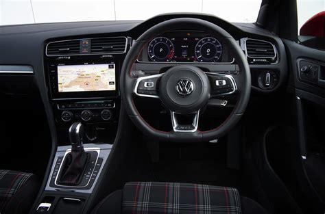 volkswagen gti interior volkswagen golf gti review 2018 autocar