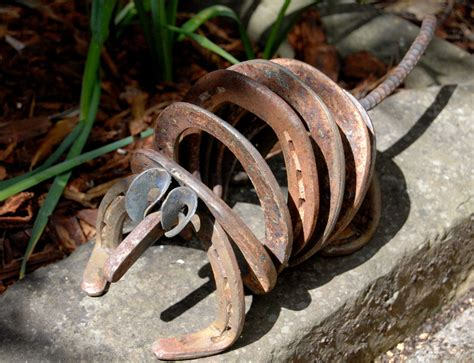 armadillo lawn art recycled horseshoes animal metal sculpture yard garden natural rusty