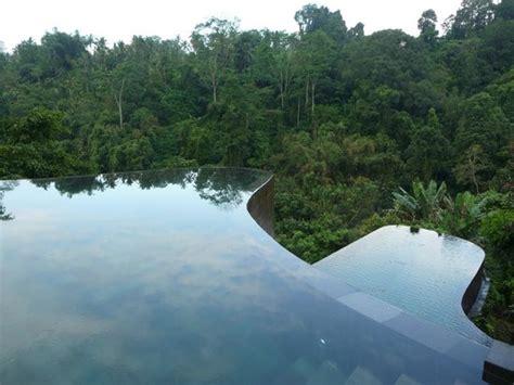 hanging infinity pools in bali infinity pool picture of hanging gardens ubud payangan