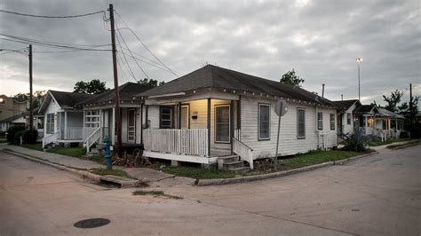 Apartment In Third Ward Houston Fighting Gentrification With Money In Houston Npr
