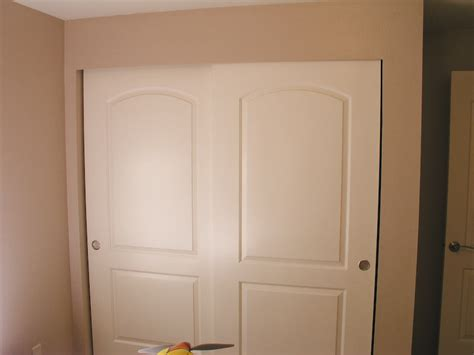 Adding Trim To Bifold Closet Doors - sliding closet doors base trim carpentry diy