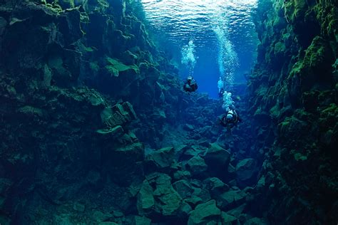 dive a diving silfra the midnight sun dive is iceland
