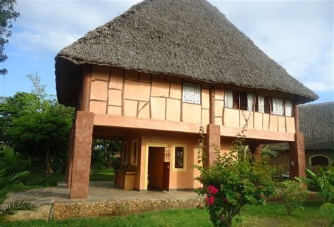 Cheap Cottages In Diani by Diani Kenya Cottages In Mombasa Diani Cottages Villas