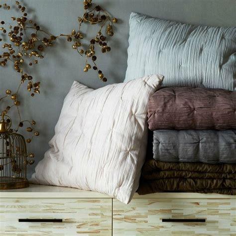nachttisch braun für boxspringbett wohnzimmer einrichten farben