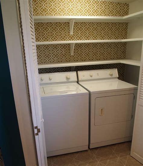 speisekammer schrank pantry shelving and stenciling wohnen und garten
