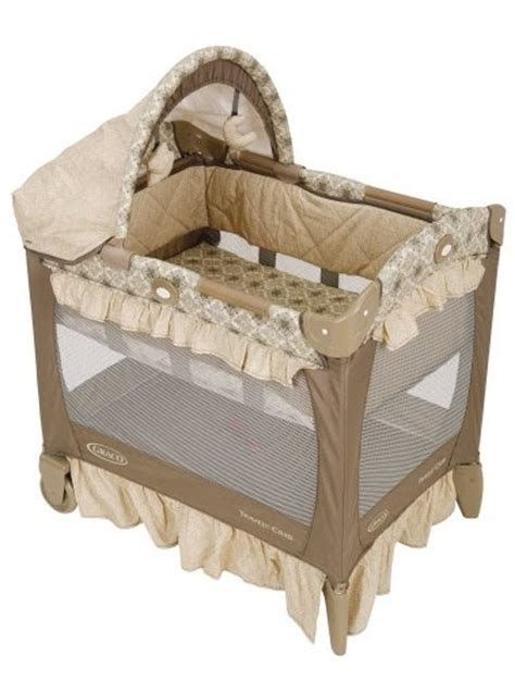Graco Bassinet Mattress by Cheap Discount Bassinet Changing Table Graco