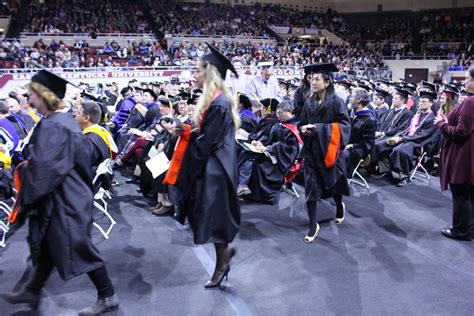 Of Kentucky Mba Application Deadlines by Masters Candidates Hooded At Fall Graduation Master Of